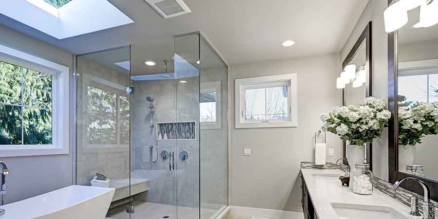Bathroom shower with extractor fan